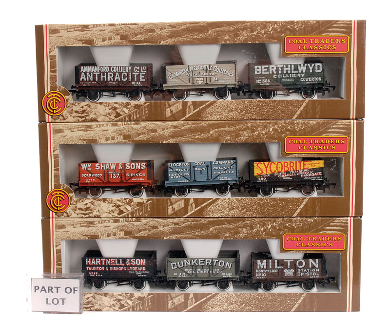 OO Gauge Bachmann a group of Coal Trader Classics 3 Private Owner ...