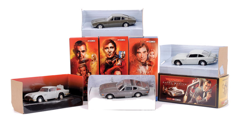 """Corgi """"James Bond"""" group of Special Editions produced by Spyguise (1) Aston Martin DB5 taken from the film """"Goldfinger"""" No"""