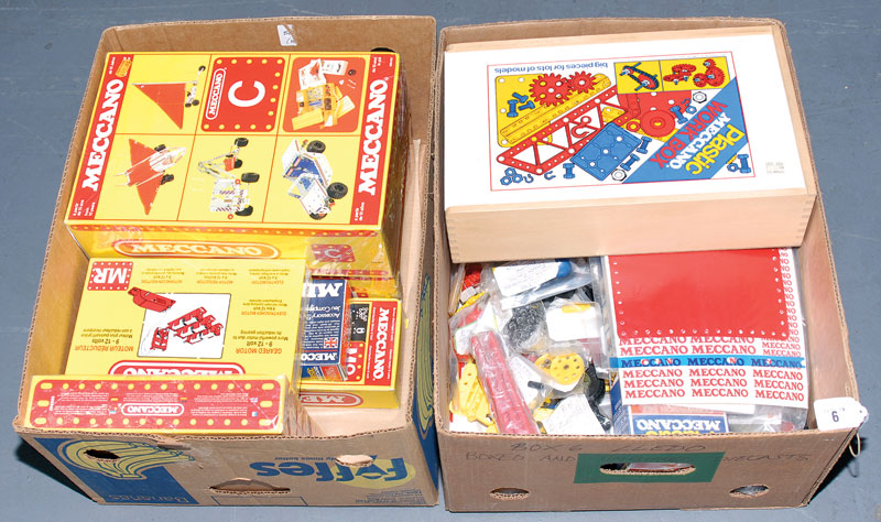 Meccano late issue plastic Meccano sets and loose items a quantity consisting of Set M1, C, Grand Prix, MR, MO together with flexible track pack