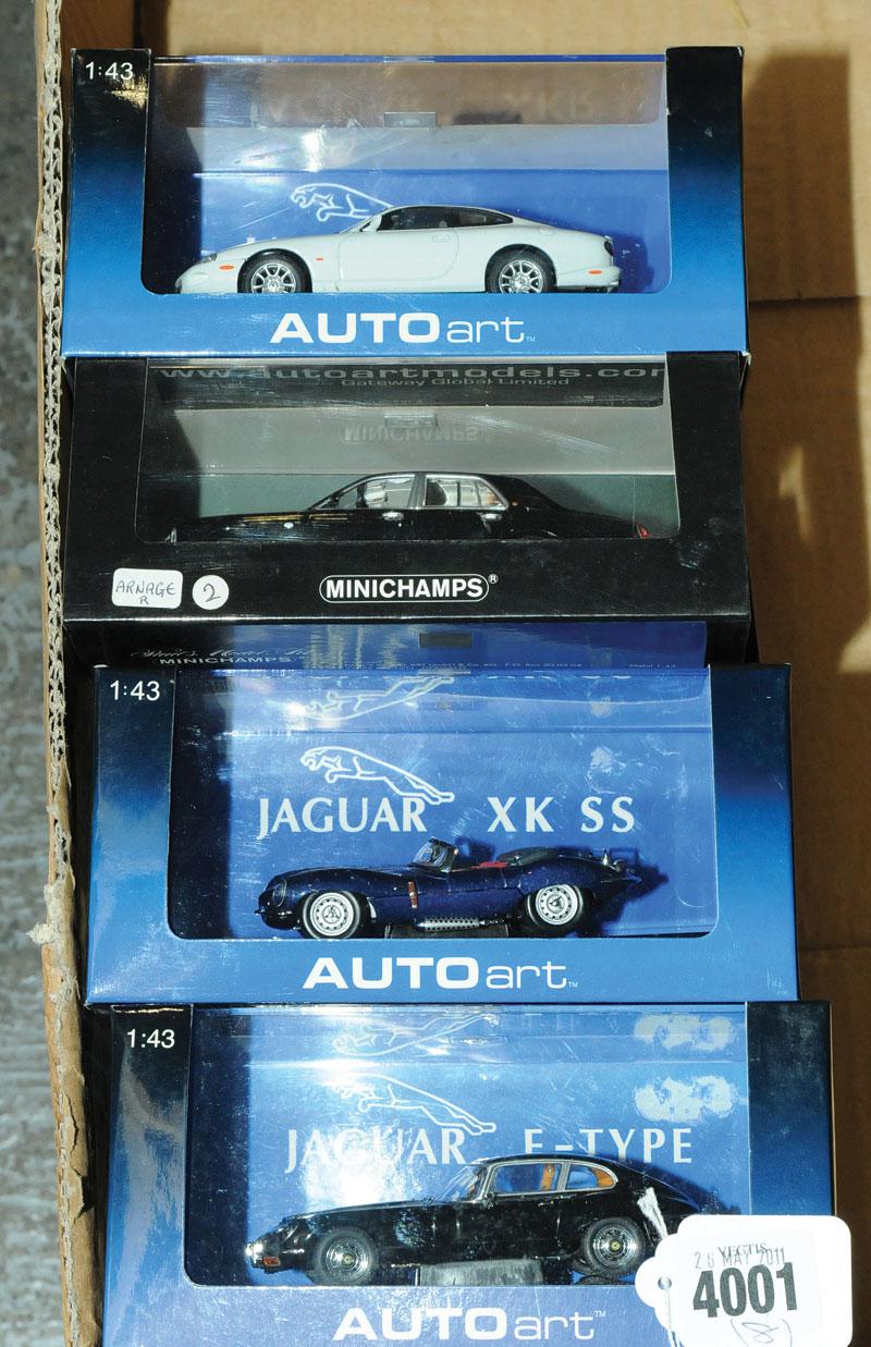 Autoart, Minichamps a boxed car group