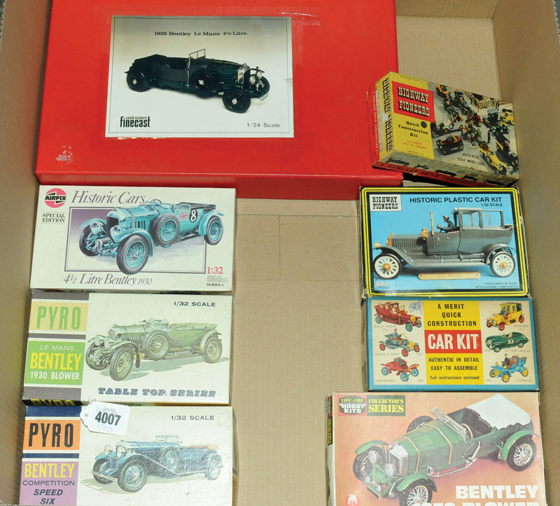Airfix, Pyro, Merritt, South Eastern Finecast and similar a Bentley and Rolls Royce Car Kit Group