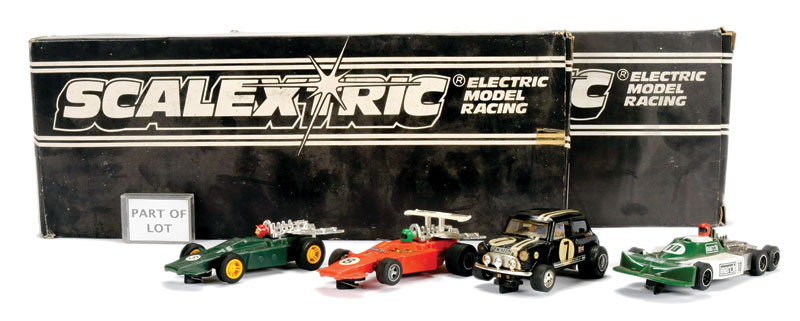 Scalextric A Large Mixed Group Of Items To Include Body Shells Cars - Alfa romeo body panels