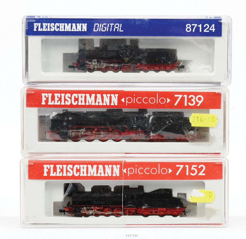 Fleischmann Piccolo N Gauge Continental Steam Outline Locomotives Consisting Of 7152 Class 55 0 8