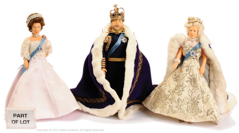 Peggy Nisbet a collection of Historical and Costume Dolls including ...