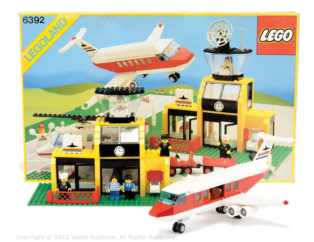 Lego Legoland 6392 Airport Although Contents Are Unchecked For