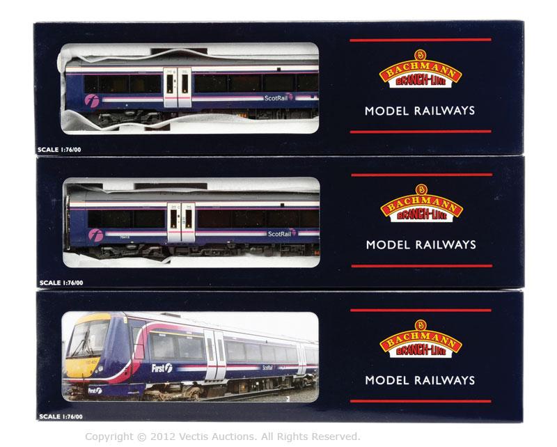 Bachmann OO Gauge 3-car DMU Turbostar Scotrail FIRST Group purple ...