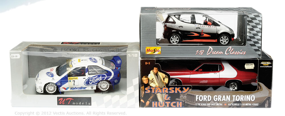 1/18th scale Car group - American Muscle (Ertl) Starsky & Hutch Ford Gran  Torino, red/white; ...