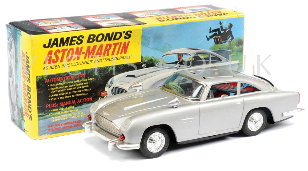 Gilbert James Bond Aston Martin Db5