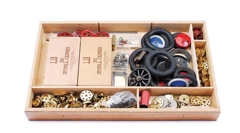 Meccano - quantity of Components including No