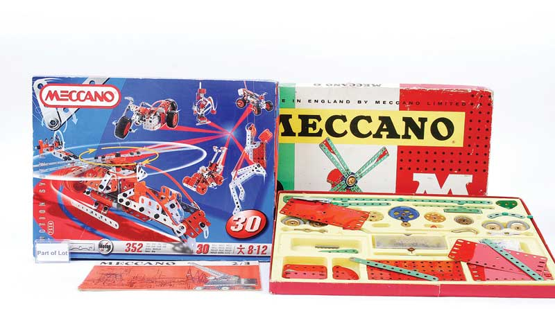 French Meccano late issue sets including No