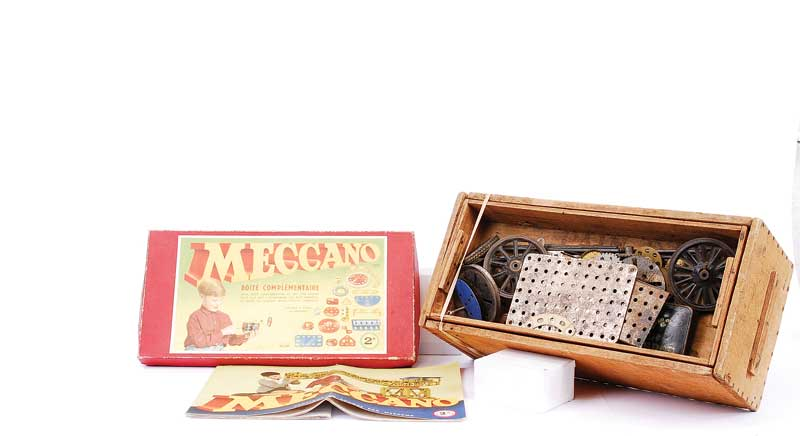 Meccano a quantity of Pre-war nickel parts including, Flanged Plates, Flanged Sector Plate, Angle Strip, Braced Girders, Pulleys, small quantity of Brass Gears, all contained in a non original wooden box