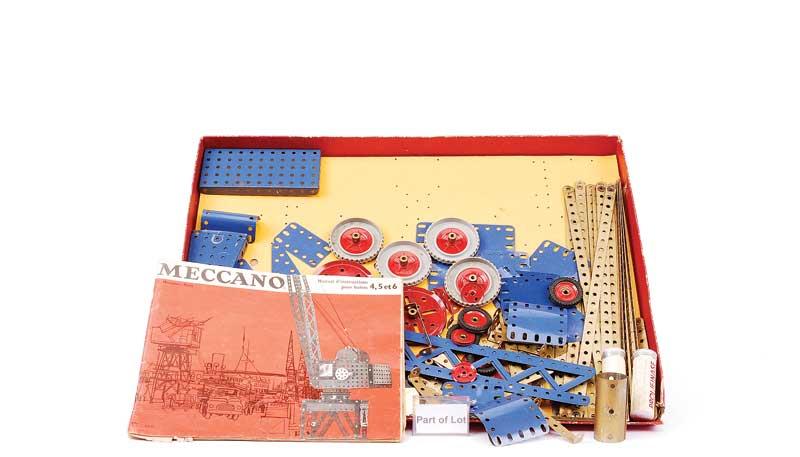 French Meccano Sets consisting of No
